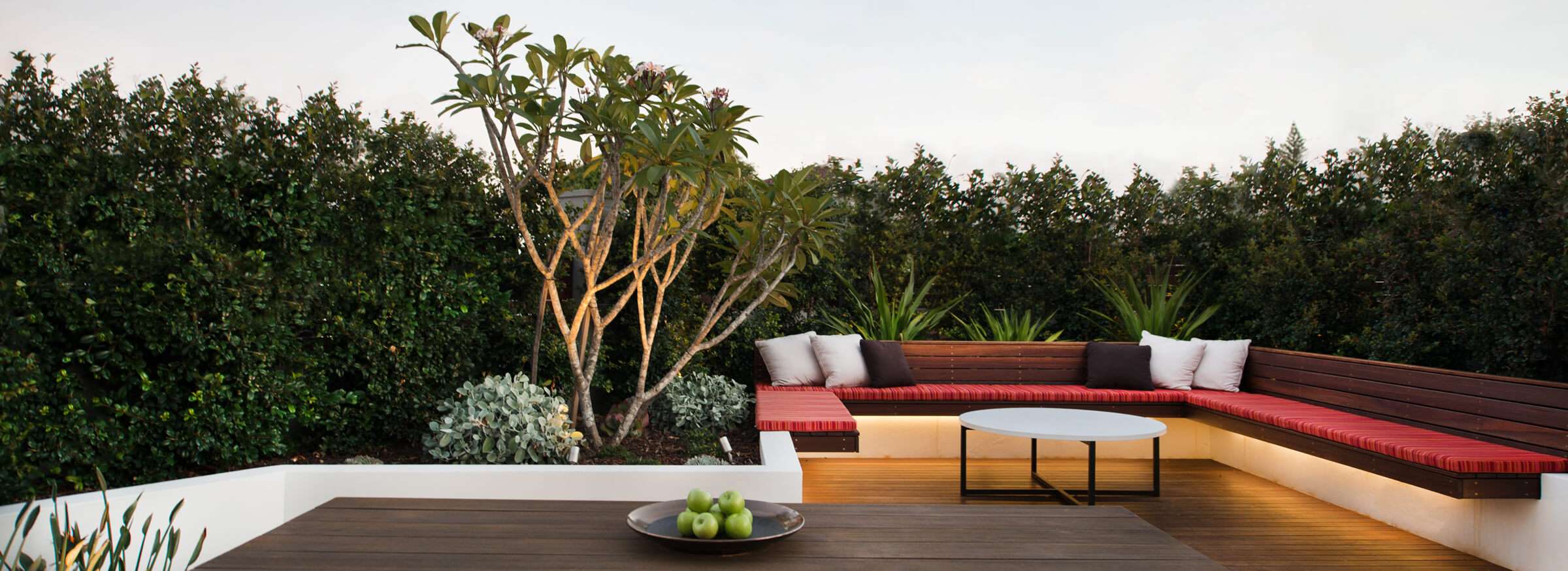 https://www.stonelotus.com.au/wp-content/uploads/2019/08/Stone-Lotus-Garden-Designer-Sydney.jpg